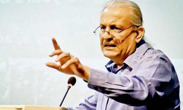 'The centrist mindset is out to 'fix' the 18th Amendment' — Raza Rabbani