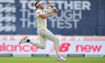 Broad joins the elite 500-club