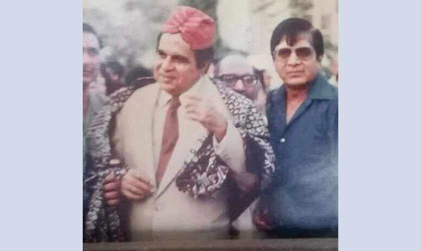 Owning his watan: Dilip Kumar in Sindhi cap and ajrak, with Mushtaq Gazdar (right), Karachi 1988.