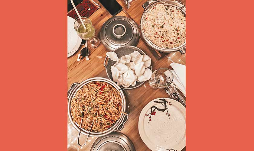 Asian Wok is the place for families and large gatherings if you love Chinese cuisine. From chowmien to soups to different kinds of curries, they have everything, and in generous servings too.