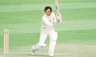 Asif Iqbal: Pakistan cricket's man of crisis
