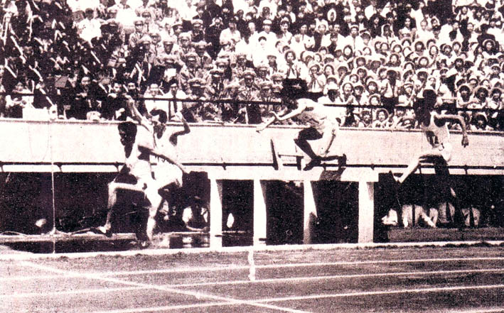Mubarak Shah (second from left) winning 3,000 M steeplechase in 1958 Asiad.