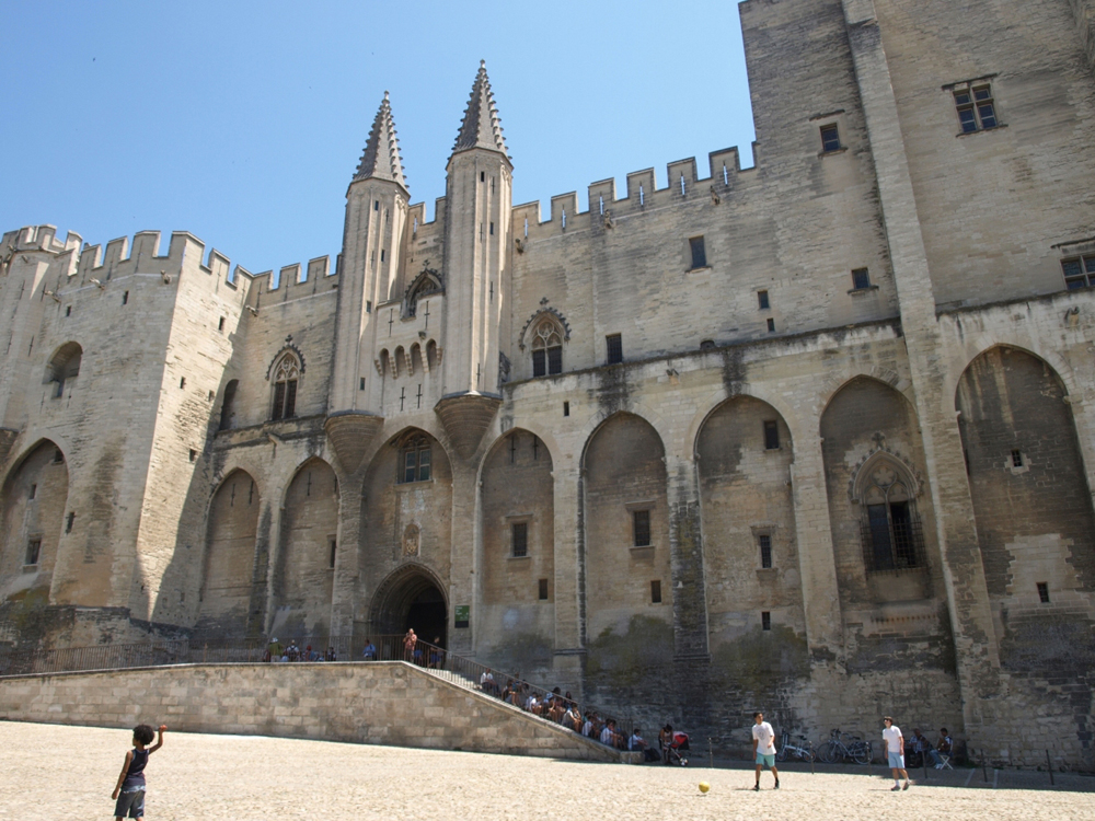The famous Palais des Papes in Avignon.