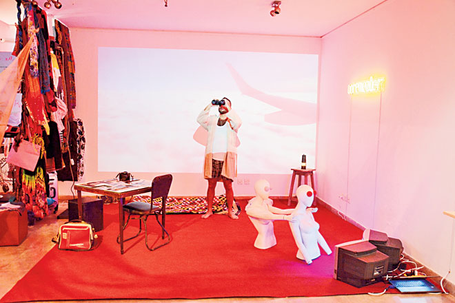 Sikander Mufti treated audiences to his interpretation of the experience one faces after waking up from deep dream-state through a collection of symbolic images.