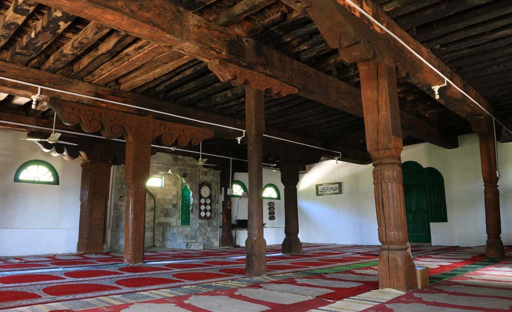Interior of the Peochar mosque.