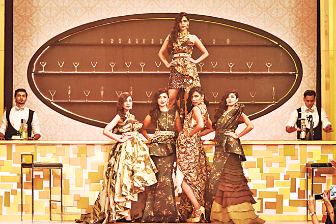 The most architectural collection came from Khadija Shah, a designer who's riding the wave with Elan and Sapphire and has proven her worth when it comes to construction, creativity and commercial success all in one stride. Her Magnum capsule touched upon all delicious shades of chocolate, from white, caramel, toffee to milk chocolate and ultimately, dark.