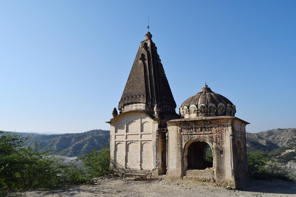 The Hindu temple at Makhad.