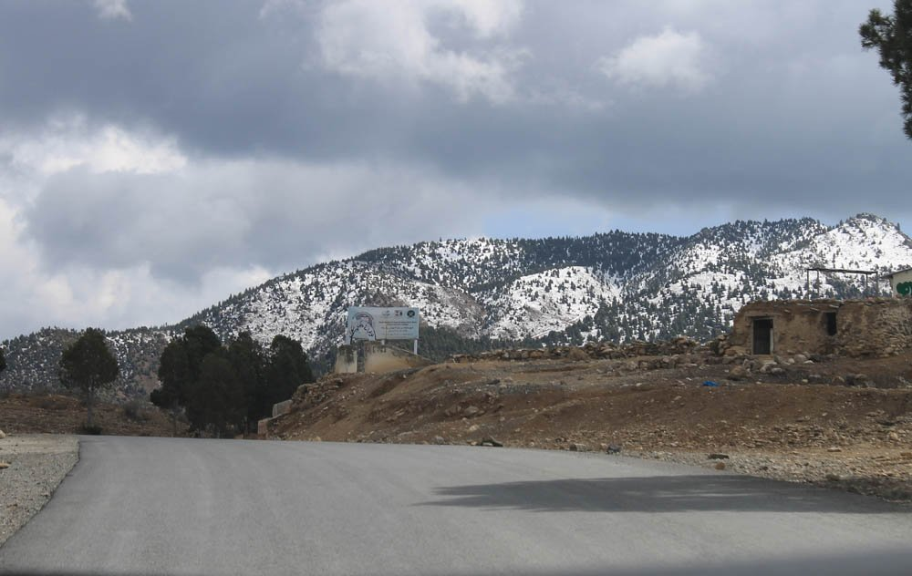A view of snow-clad ridges on the road to Wana.