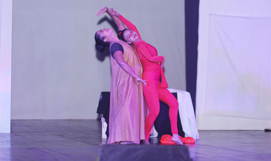 The Sri Lankan dance group mesmerised the audience.