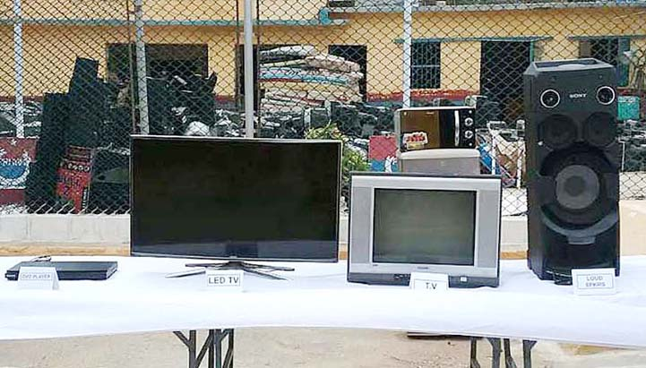 The operation at Central Jail, Karachi, led to the recovery of many illegal items including cell phones, knives, LCDs and cigarettes.