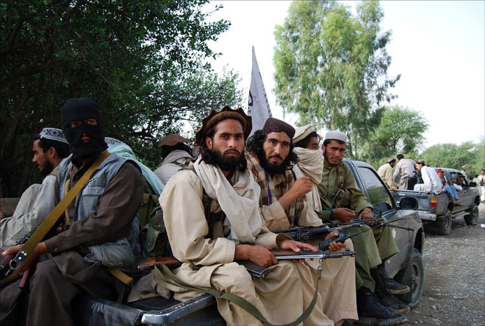 Taliban militants seize 15 officials in northern Afghanistan