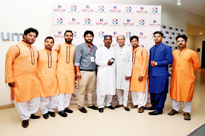 Zaheer Kidvai, Waqas Almas and Abu Mohammad (joined by his qawwali troupe) at the first edition of Rivayat Music Series.