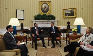 Husain Haqqani and Asif Zardari with Barack Obama and Hillary Clinton.