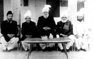 Mirza Nasir Ahmad with members that represented the Ahmadiyya Jama'at in National Assembly.