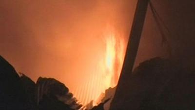 Firefighters extinguish blaze at Karachi garments warehouse