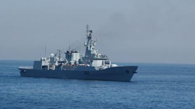 PNS Shamsheer carrying 36 stranded Pakistanis reaches Djibouti