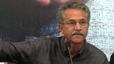 MQM's Waseem Akhtar hits back at Sirajul Haq