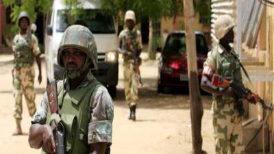 Female suicide bomber kills 12 in Nigeria mosque