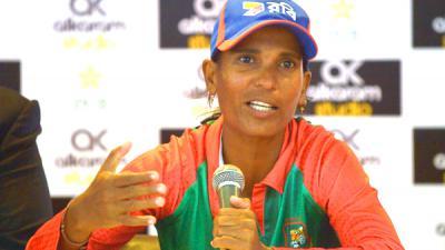 Bangladesh women cricketers 'comfortable' in Pakistan