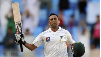 Younis becomes Pakistan top scorer in test cricket