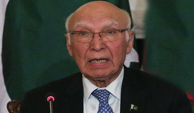 Pak-India foreign secretaries to meet on Jan 14 or 15: Sartaj Aziz