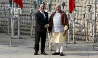 French President pushes for fighter deal in India