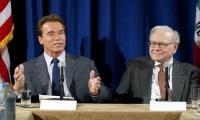 Warren Buffett, Schwarzenegger reunite on 'Celebrity Apprentice'