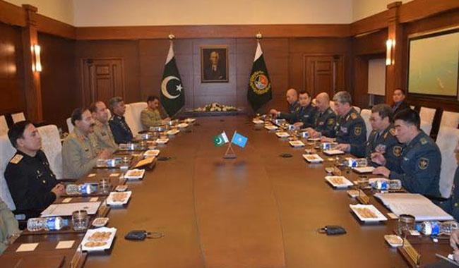 Kazakhstan's First Deputy Defence Minister calls on JCSC