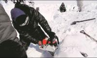 Indian soldier pulled out alive after six days buried in snow