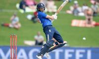 Root ton helps England reach 318-8