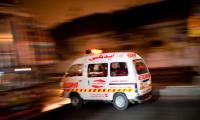 16 injured as van overturns near Port Qasim