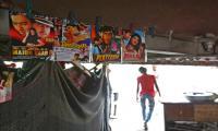 Cinema under a bridge provides Bollywood escape for Delhi´s poor