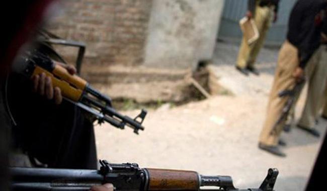 Two militants killed in Karachi shootout