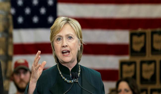 Clinton says Trump dangerous, unfit to be commander in chief