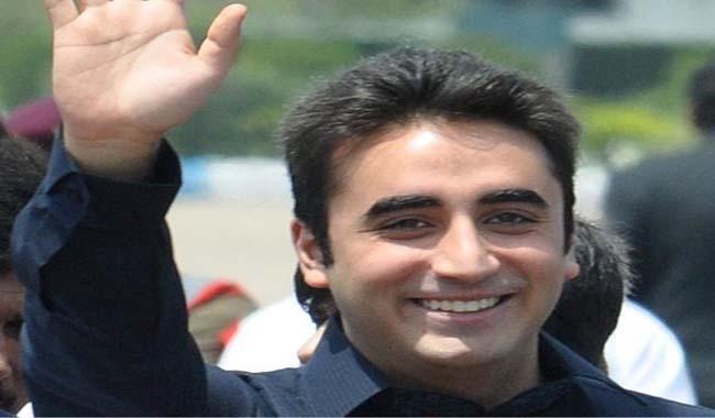 Kashmir unrest: Mirwaiz Farooq arrested, strike called by separatists extended