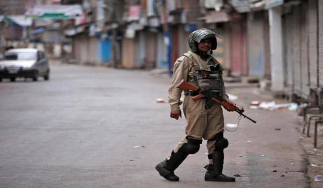 Info blackout in Indian held Kashmir in bid to curb unrest