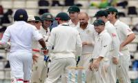 Australia skittle out Sri Lanka for just 117