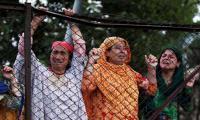 Curfew lifted in Srinagar but clashes spread