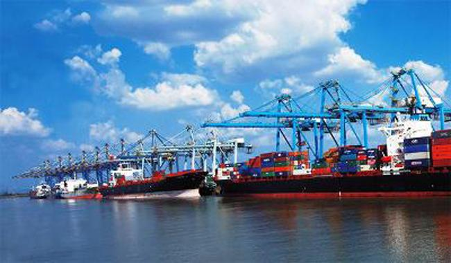 With eye on China, India doubles down on container hub ports