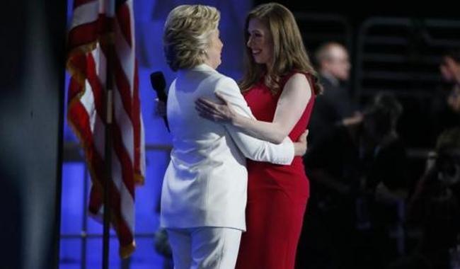 Daughter Chelsea casts Clinton as great mom, driven public servant