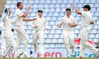Sri Lanka set Australia Test target of 268