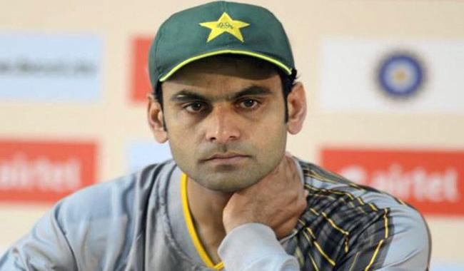 Hafeez out as Pakistan call-up Irfan