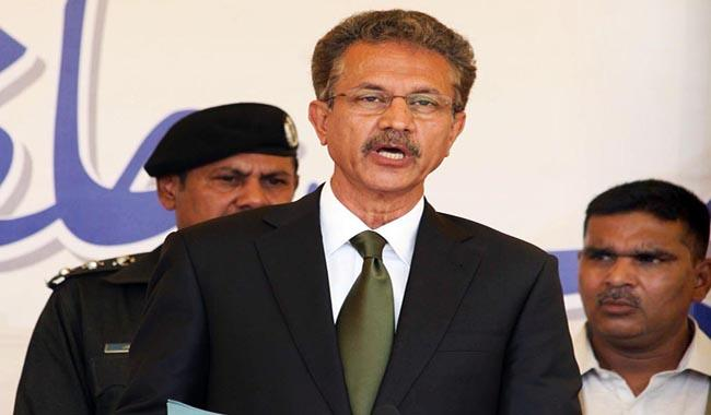 Waseem Akhtar takes oath as new Karachi mayor