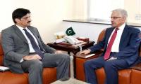 CM Murad meets Khawaja Asif, discusses electricity issues in Sindh