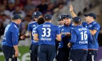 England beat Pakistan in 3rd ODI, win series at 3-0 up