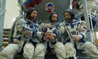 Russia cancels manned space launch