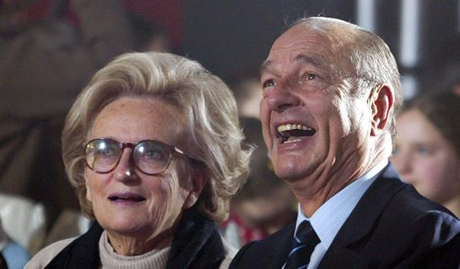 Chirac remains ill in hospital, wife discharged