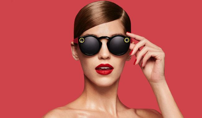 Snapchat introduces video-catching sunglasses