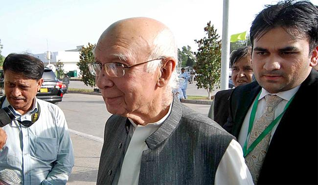 634 Pakistanis detained in jails of South Asian countries: Sartaj