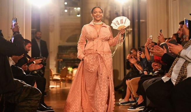 Rihanna bigs up Marie Antoinette in her Paris fashion debut